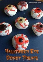 Halloween eye donut snacks, donuts, halloween, treats, snacks, halloween treats, thrifty treat ideas, thrifty Halloween ideas